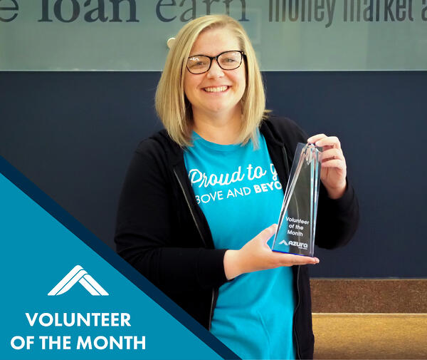 Volunteer of the Month_May - Hannah